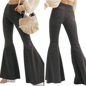 FREE PEOPLE NWT Just Float on Flare Jeans size 27